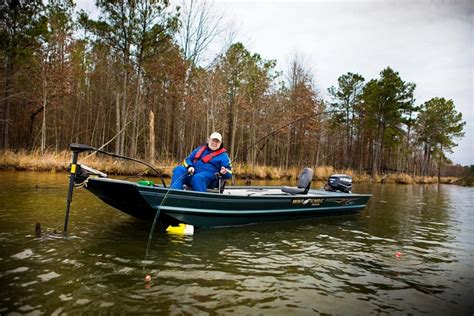 g3 boats vs bass tracker research 2014 war eagle boats 754 vs on iboats