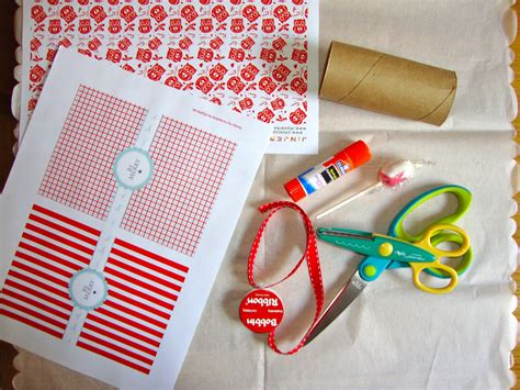 How To Make Crackers With Paper - diy crackers the refab diaries