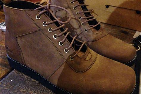 tutorial tali sepatu yang keren bandung merdeka com tips memasang tali sepatu agar