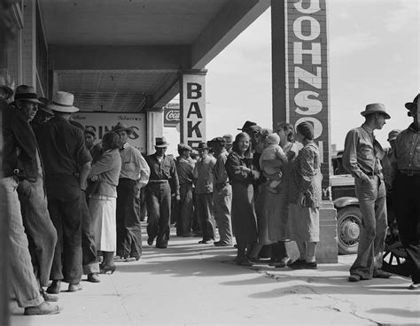 Waiting For Background Check File Waiting For Relief Checks During Great Depression Jpg Wikimedia Commons