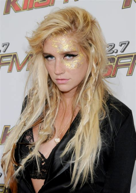 Kesha Hairstyles by The Evolution Of Kesha From Glitter Goddess To