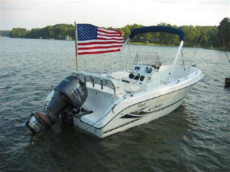 cobia boats brochure 2003 cobia boats 214 cc boats yachts for sale