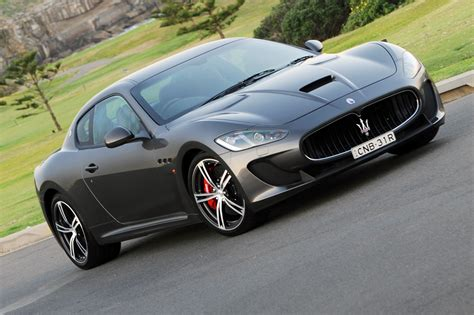 maserati grancabrio 2015 2015 maserati granturismo information and photos