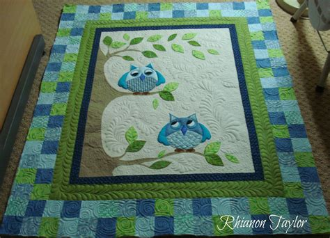Owl Baby Quilts by The Nifty Stitcher Owl Baby Quilt