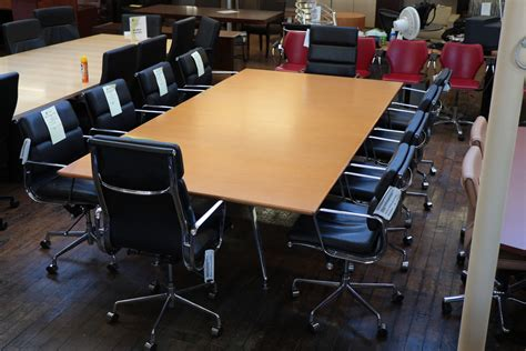 Bernhardt Conference Tables 10 X 5 Bernhardt Parallax Conference Table Anigre Chrome Base Peartree Office Furniture