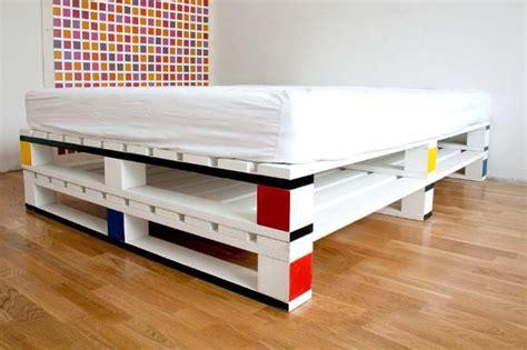 faire un canapé avec un lit 20 lits diy en palettes diaporama photo