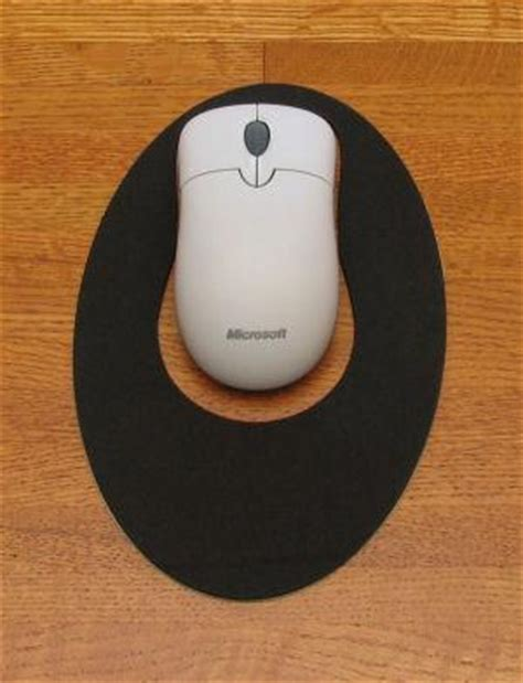 Small Mouse Mat by Microsoft Basic Optical Mouse Usb Ps2