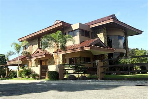 sustainable modern asian house  hermenegildo mercado