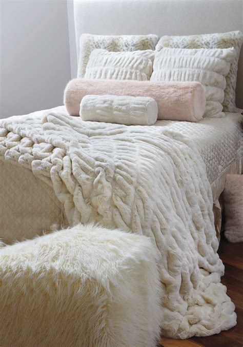 faux fur bed throw couture faux fur throw faux fur throw fur throw and blanket
