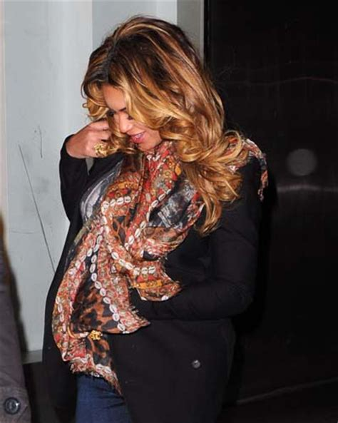 beyonce c section beyonce jay z deliver baby girl blue ivy carter her