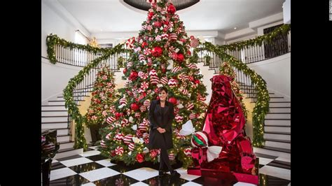 beyonc 233 kris jenner reveal glamorous holiday decor cnn com