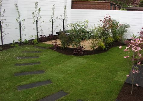 Small Easy Garden Ideas Green Garden Simple Garden Designs Ideas