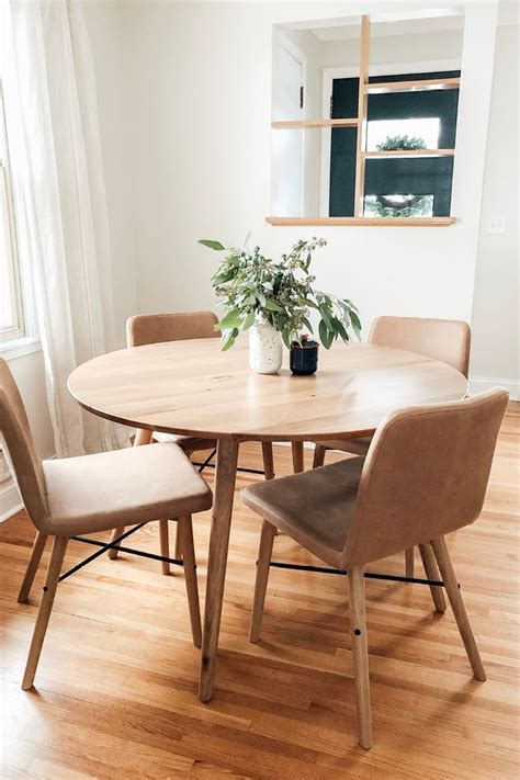 dining room table  chairs  smaller spaces