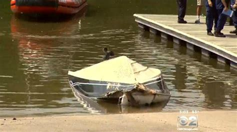 boat crash chicago third body recovered after cal sag boating accident 171 cbs