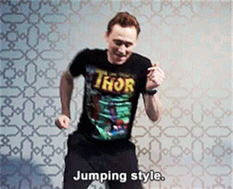 Lovely Kw1 1 tom hiddleston