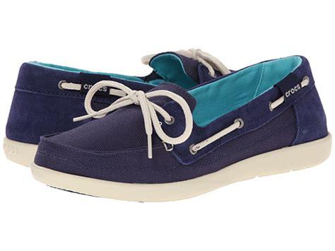 crocs rubber boat shoes crocs walu boat shoe nautical navy stucco 6pm