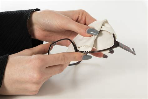 how to your properly how to clean your glasses properly laurier optical innes eye clinic