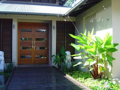 desain eksterior rumah tropis modern designed by rockefeller partners architects digsdigs