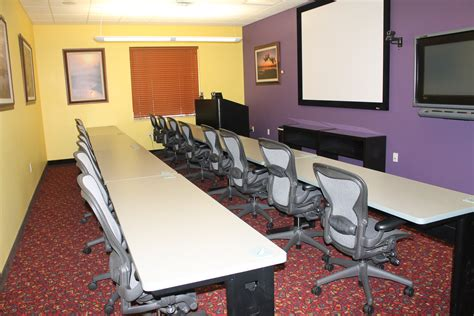 Rooms To Go Bradenton Florida by Our Meeting And Conference Rooms Comcenter