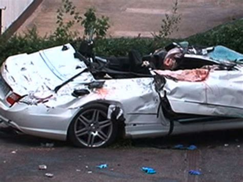 Audi Haus Stuttgart by Sohn Baut Mit Papas Cabrio Horror Unfall Drei Tote News