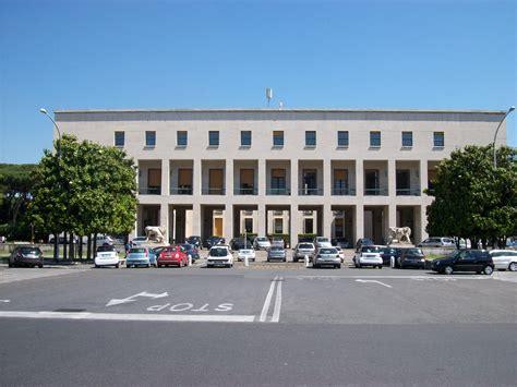 uffici eur file roma palazzo uffici eur spa jpg wikimedia commons