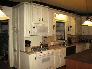 Kitchen Cabinet Paint Type by What Type Of Paint To Use On Kitchen Cabinets