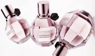 F1 Pengharum Kendaraan Car Tree Parfum creative perfume bottles likepage