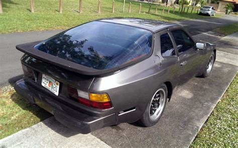 porsche 944 spoiler 1983 porsche 944 track friendly