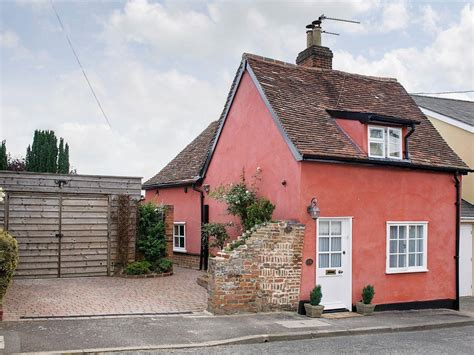 holiday cottages in suffolk poppy cottage lavenham