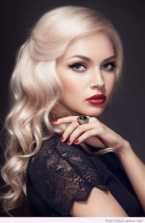 blonde hairstyles with makeup beautiful hair and make up this blonde color is gorgeous