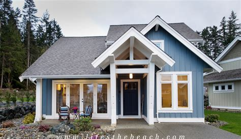 Small Home Builders Vancouver Island Parksville Vacation Rental Homes At Tanglewood On