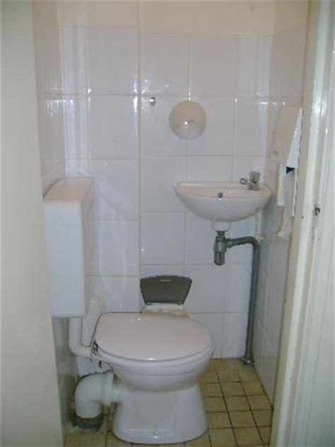 world s biggest bathroom world s smallest bathroom picture of sara s boutique