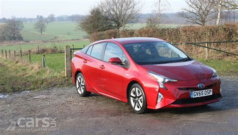 Toyota Prius In Review 2017 Toyota Prius Excel Review Photos Cars Uk