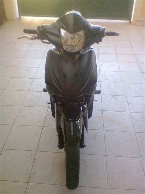 Bagasi Depan Motor Revo modifikasi motor absolute revo racing look black