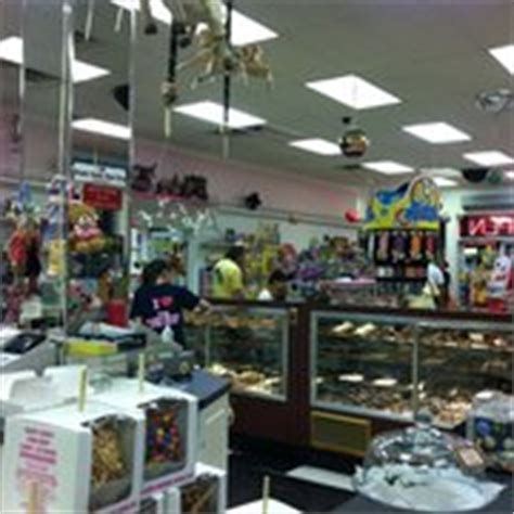 Kitchen Store Wi by Goody Goody Gum Drop Kitchen Stores Wisconsin Dells Wi Reviews Photos Yelp