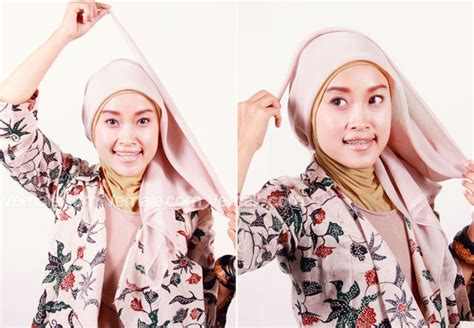 Beda Dengan Jilbab cantik dengan jilbab segitiga