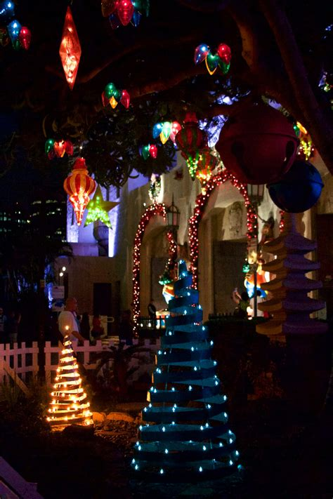 Honolulu City Lights by Keeping The Holidays Bright At Honolulu City Lights The