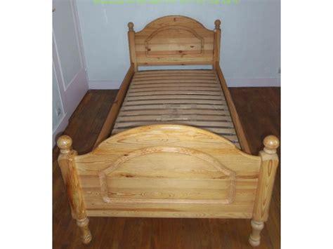 lit en pin massif 1 personne annonce le coin du