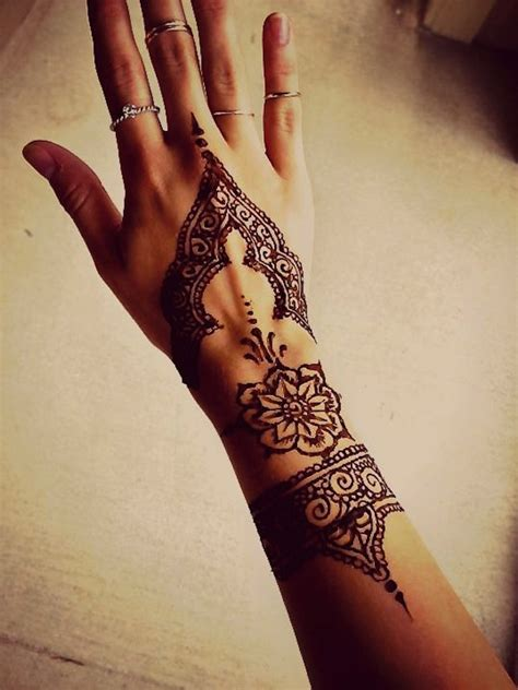 henna tattoo on hand tumblr simple henna on