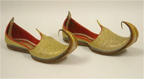 indian slippers bata history of the shoe