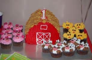 farm barn cake barn cake with farm animal best birthday cakes