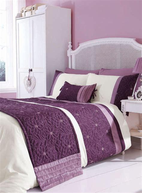 mauve comforter mauve quilted bedding set http www worldstores co uk p