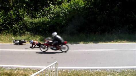 Motorrad Unfall Rennen by Stuttgart Solitude Rennen Motorrad Unfall