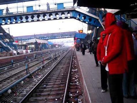 12014 amritsar new delhi asr shatabdi express entering