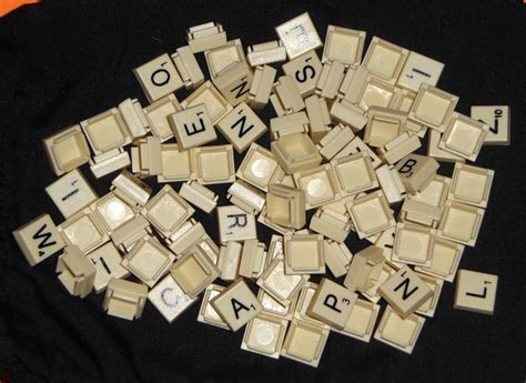 scrabble folio sold out 99 plastic mini miniature snap in tiles from