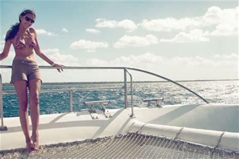 catamaran kingston jamaica jamaica s ganja tours sun sand sea and ganja