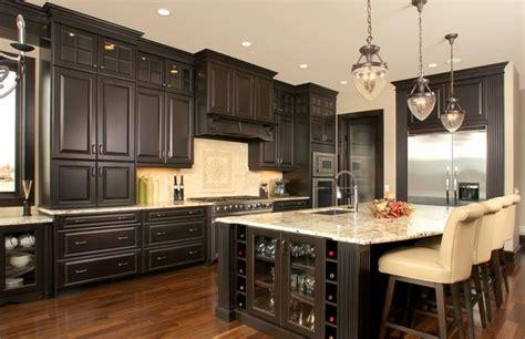 Dark Kitchen Cabinets With Dark Floors by Dark Wood Kitchen Cabinets With Dark Wood Floors Dream