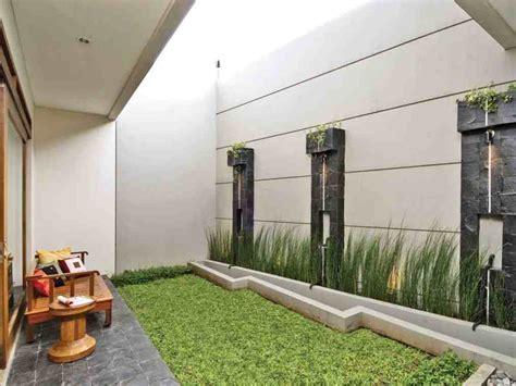 contoh desain taman belakang rumah minimalis modern