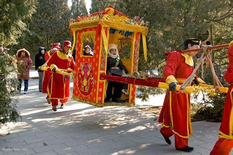 Sedan Chair China by Qing Dynasty Sedan Chair Temple Fair At Ditan 地坛