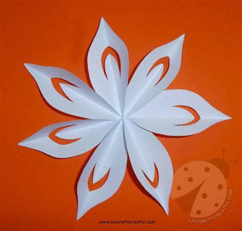fiori semplici di carta come fare fiori di carta semplici